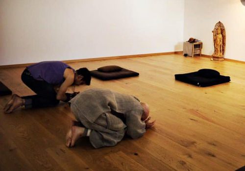 Bowing Meditation